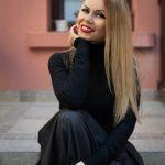 """""""Остани"""" – новата книга на младата писателка Стефана Белковска с грандиозна премиера"""